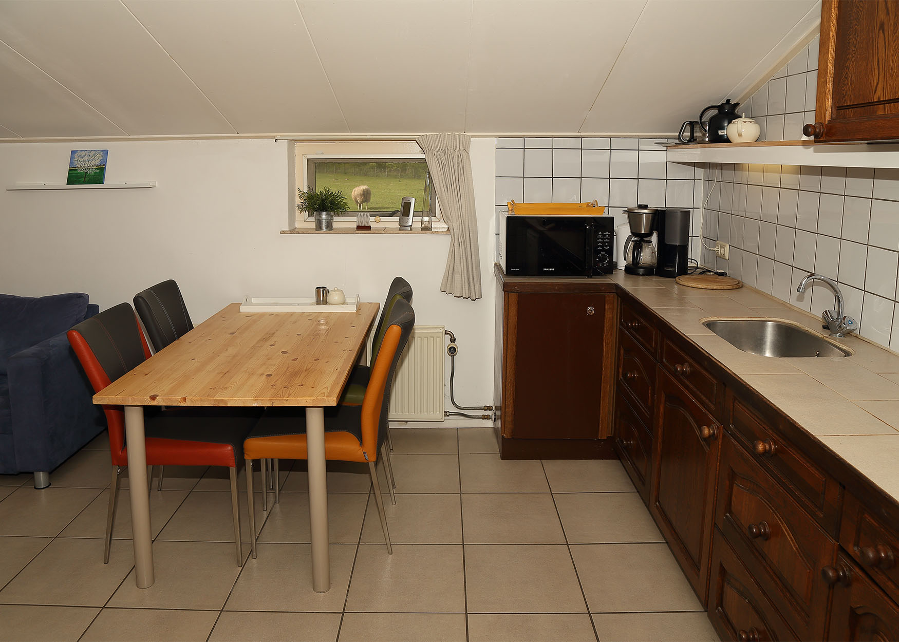 IMG_7708 appartement 1 keukenblok